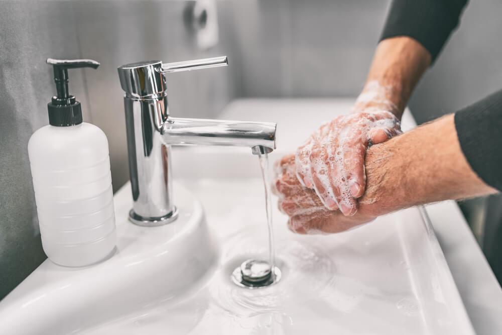 Tips for Avoiding Dry Skin During COVID-19