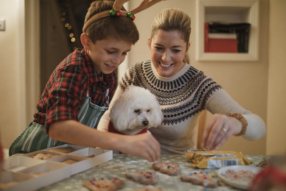 6 Tips to Keep Your Skin Clear During the Holidays